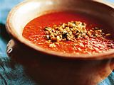 Tomatensuppe mit Cashewkernen und Kokosnuss-Sambal Rezept
