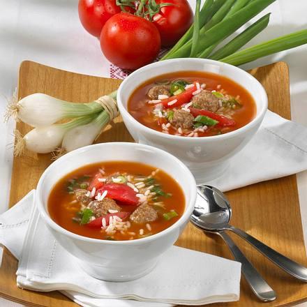 Tomatensuppe mit Hackbällchen Rezept