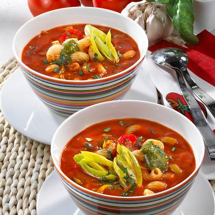 Tomatensuppe mit Pesto Rezept