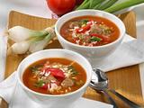 Tomatensuppe mit Reis und Hackbällchen Rezept