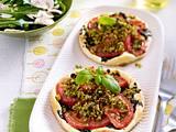 Tomatentörtchen mit Tapenade Rezept