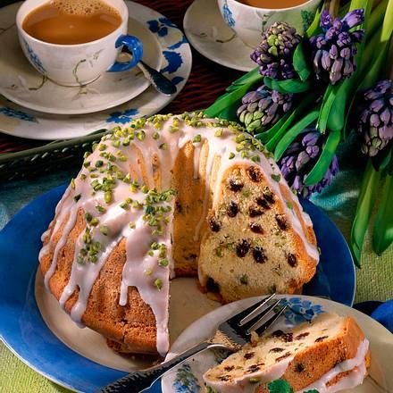 Topfkuchen mit Rosinen und Pistazien Rezept