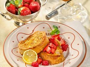 Torrijas con fresas (Arme Ritter mit Erdbeeren) Rezept