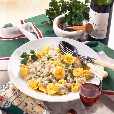 Tortellini mit Gorgonzola-Mett-Soße Rezept