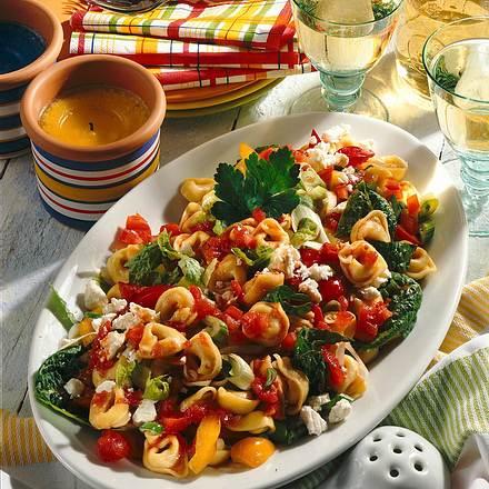 Tortellini-Salat mit Schafskäse Rezept