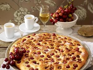 Toskanischer Hefefladen mit Weintrauben Rezept
