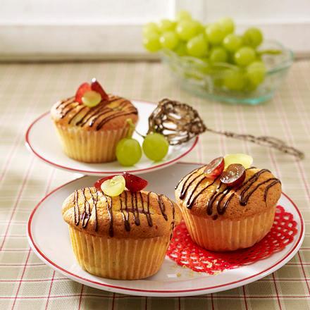 Trauben-Muffins mit Schokostreifen Rezept