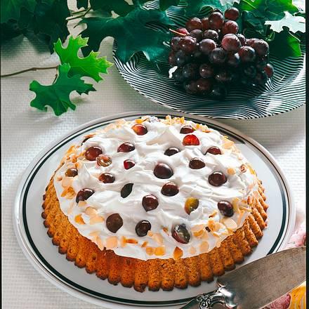 Trauben-Sahne-Torte aus Vollkornteig Rezept