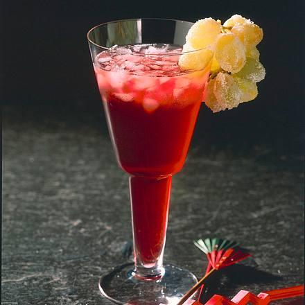 Traubencocktail mit italienischem, roten Vermouth Rezept