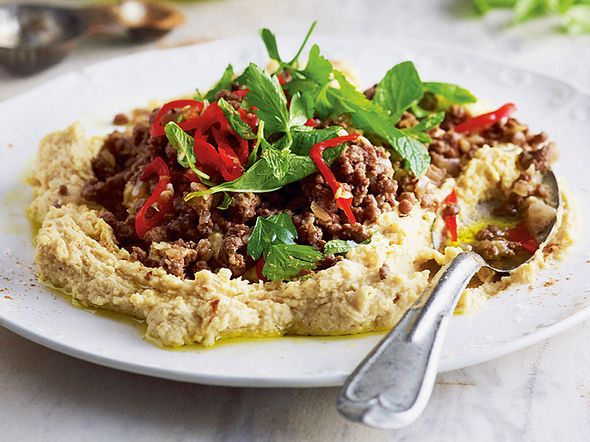 Turbo-Hummus mit Chili-Zimt-Hack Rezept