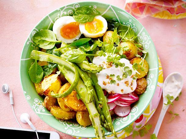 Übelst gute Ofenkartoffeln mit Grünzeug Rezept