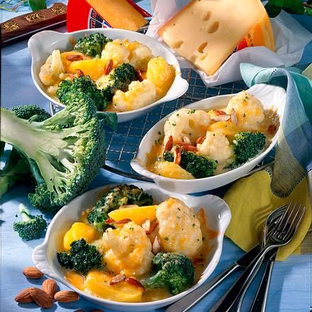 Überbackene Blumenkohl-Broccolipfännchen Rezept