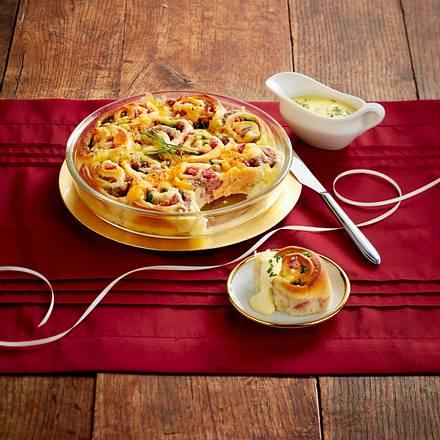 Überbackene Brötchen-Schnecken mit Wurstbrät Rezept