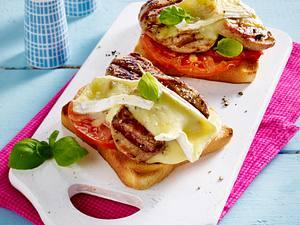 Überbackene Camembert-Toasts Rezept