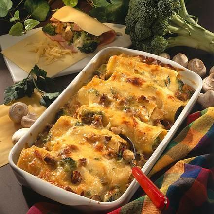 Überbackene, gefüllte Lasagneröllchen Rezept