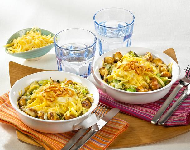 Überbackene Käse-Spätzle mit Spitzkohl & Pilzen Rezept