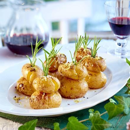 Überbackene Kartoffeln mit Zitrone und Rosmarin Rezept