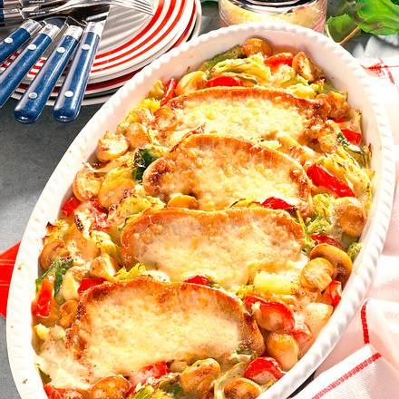 Überbackenen Kotelettes auf Wirsing-Rahm-Gemüse Rezept