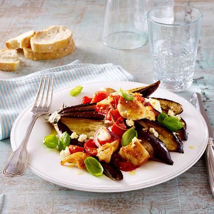 Überbackener Auberginenfächer mit Hähnchenfilet und Tomaten Rezept