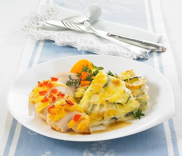 Überbackenes Hähnchenfilet mit Kartoffel-Zucchini-Gratin Rezept