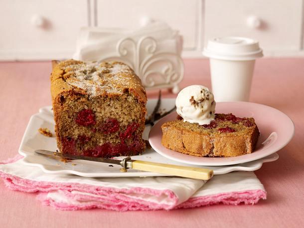 Vanilla-Cake mit Himbeeren Rezept