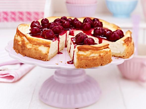 Vanilla Cheesecake mit Kirschsoße Rezept