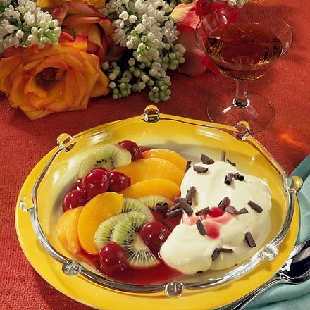 Vanille-Creme mit Früchten Rezept