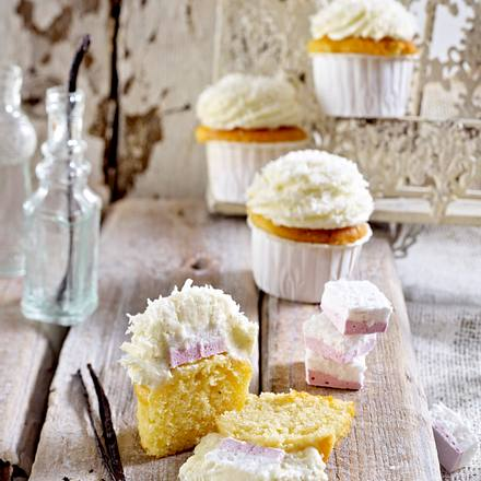 Vanille-Cupcakes mit Marshmallow-Gimmick Rezept