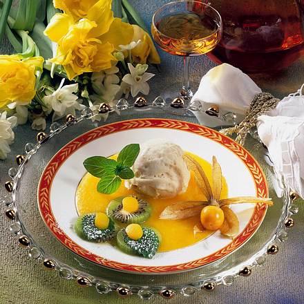 Vanille-Eis auf Aprikosen-Püree Rezept