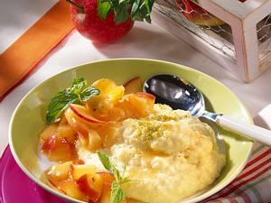 Vanille-Grießpudding zu Apfelkompott Rezept