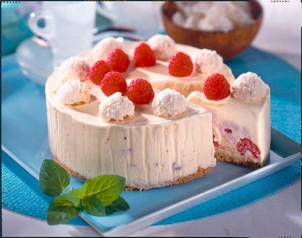 Vanille-Kokos-Eistorte Rezept