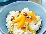 Vanille-Milchreis mit Karamellmilch und marinierten Orangen Rezept
