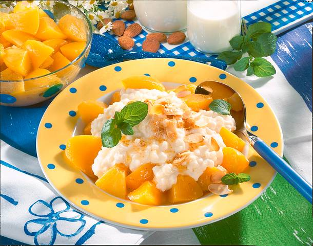 Vanille-Milchreis mit Pfirsich & Mandelbutter Rezept
