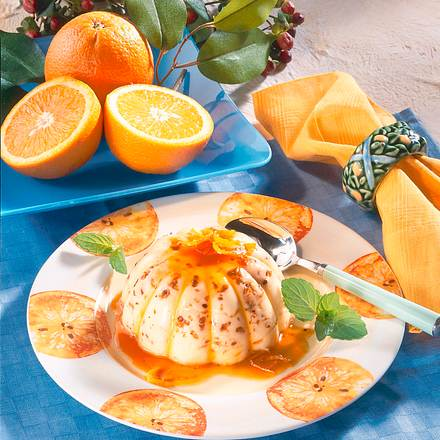Vanille-Pudding mit Karamell-Orangensaft-Soße Rezept