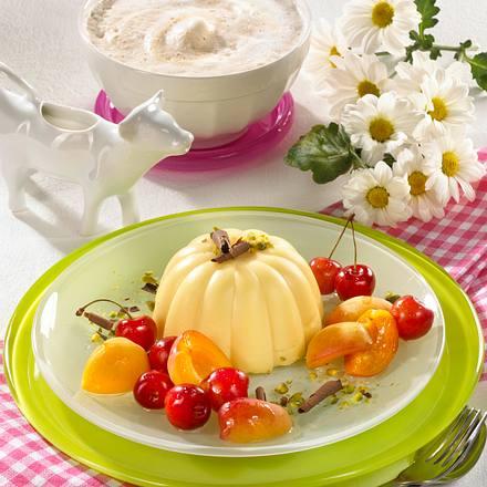 Vanille-Pudding mit Kirsch-Aprikosen-Salat Rezept