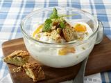 Vanille-Quark mit Aprikosen und Cantuccino-Keksen Rezept