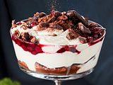 Vanillecreme mit Kirschen und Printen Rezept