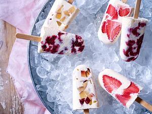Vanilleeis mit Obst am Stiel Rezept