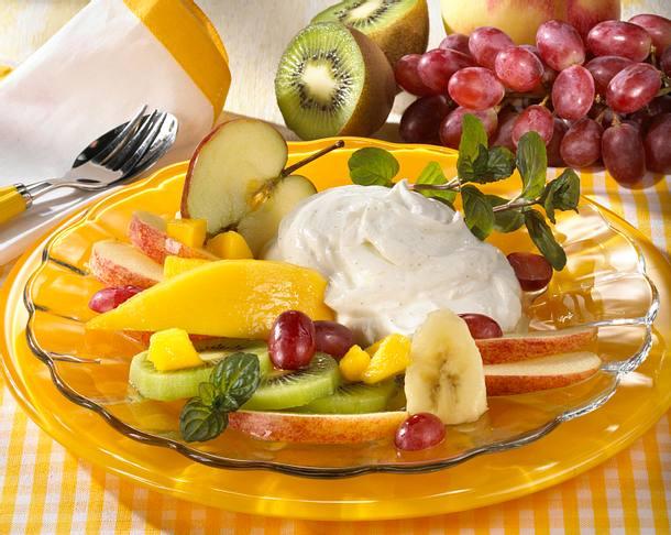 Vanillequark mit Obstsalat Rezept