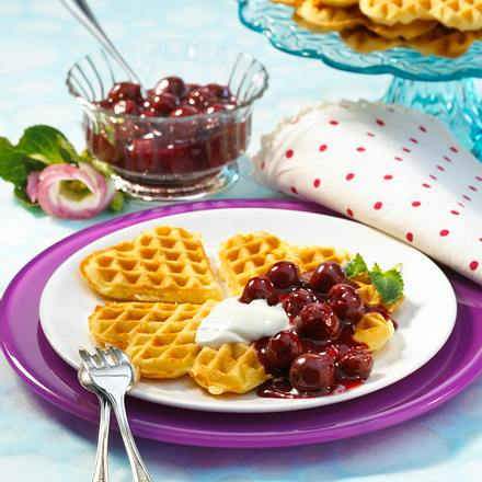 vanillewaffeln mit kirschgr tze und joghurt diabetiker rezept chefkoch rezepte auf. Black Bedroom Furniture Sets. Home Design Ideas