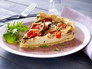 Vegane Quiche mit Champignons und Tomaten Rezept