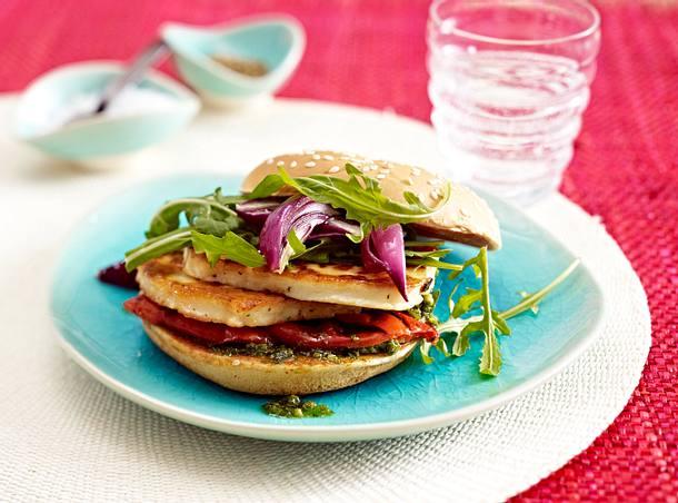 Vegetarischer Burger mit gebratenem Halloumikäse Rezept