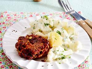 Veggie-Frikadellen zu Kartoffel-Gemüse in Bechamel Rezept
