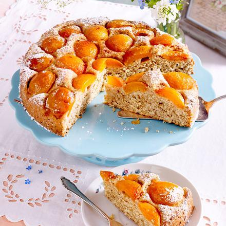 Versunkener Aprikosen-Rührkuchen Rezept