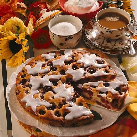 versunkener kirschkuchen rezept chefkoch rezepte auf kochen backen und schnelle. Black Bedroom Furniture Sets. Home Design Ideas
