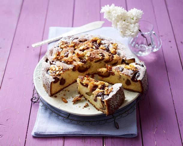 Versunkener Pflaumenkuchen mit Marzipan Rezept