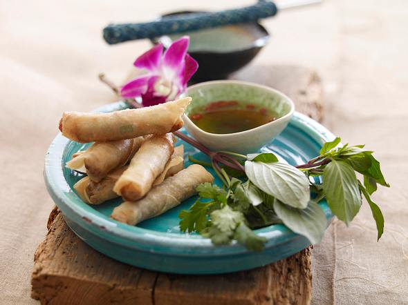 Vietnam: Cha Gio Frühlingsrollen mit Dip Rezept