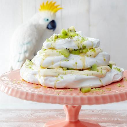 Virgin-Mojito-Pavlova mit Kiwis Rezept