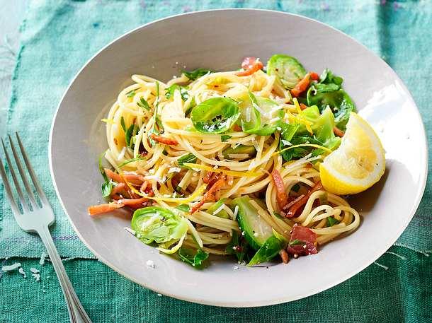 Vitamin-Booster-Spaghetti Rezept