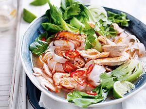 Voll verschärfte Thai-Hühnersuppe Rezept